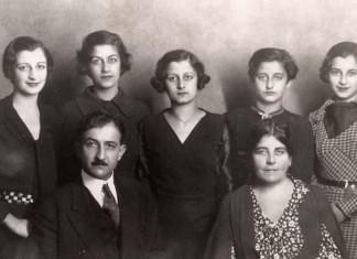IHRC - Little Syria - Family portrait