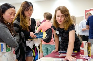 Alexa Wright, a senior English major and peer research consultant, with students and parents at Freshment Orientation 2014