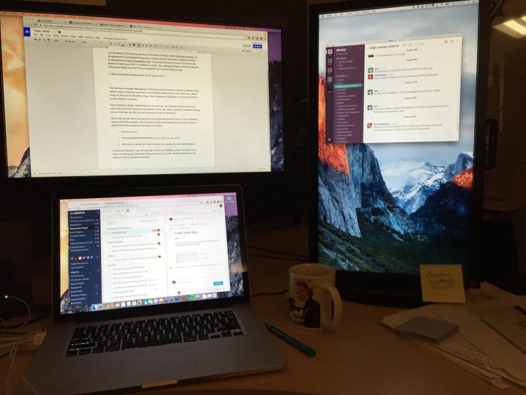 Sara's desk setup