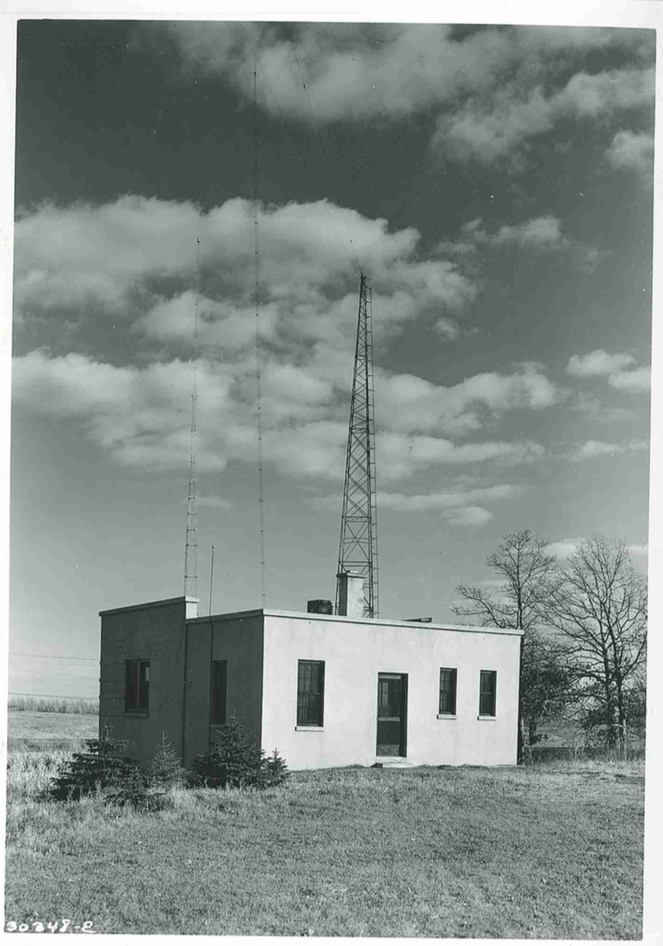 Radio station WLB transmitter, 1939
