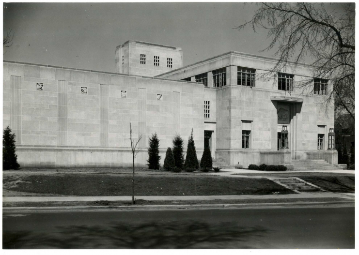 The James Ford Bell Museum of Natural History on Church Street, Minneapolis, 1940.