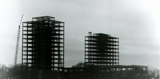 Construction of the Social Sciences Tower and School of Business Administration Tower (now known as Heller Hall), circa 1961, http://purl.umn.edu/81313.