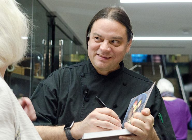 Following the Kirschner Lecture, Chef Sean Sherman signed copies of his cookbook, The Sioux Chef's Indigenous Kitchen, co-authored with Beth Dooley, published by the University of Minnesota Press, and winner of the 2018 James Beard Foundation Book Award for Best American Cookbook. A copy of the cookbook has been added to the Doris S. Kirchner Cookbook Collection, located at Magrath Library on the St. Paul campus.