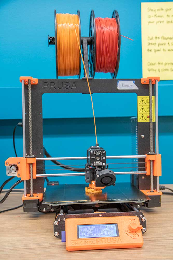 3D Printer with spools and in process of printing
