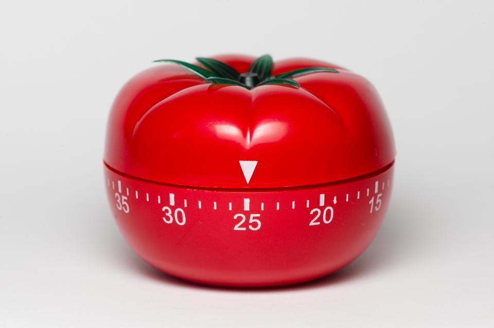 Tomato shaped analog timer