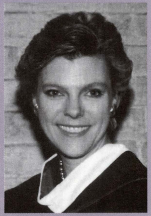 Headshot of Cokie Roberts.